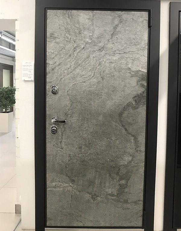 Каменный шпон снаружи